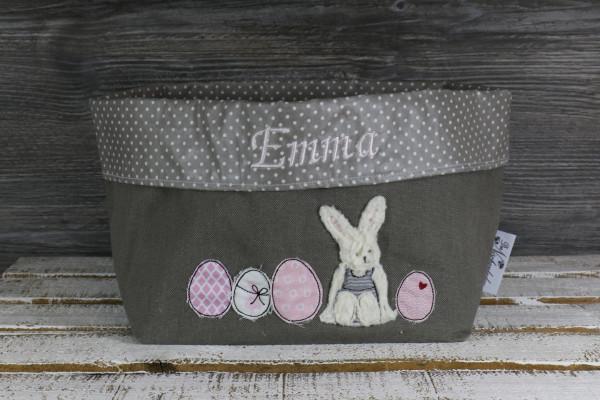 Osternest taupe-rosa mit Namen bestickt