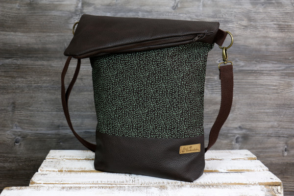 Fold-over-Tasche brown meets green