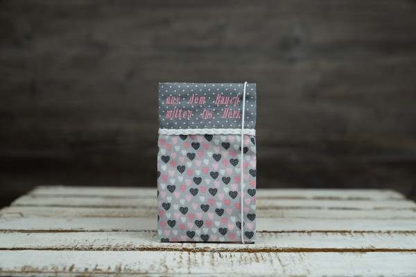 Mutter-Kind-Pass Hülle Herzen grau-rosa