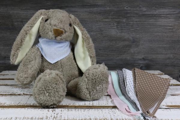 Kuscheltier Hase braun mit besticktem Halstuch