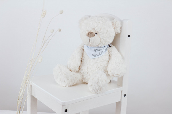Kuscheltier Bär weiß mit besticktem Halstuch